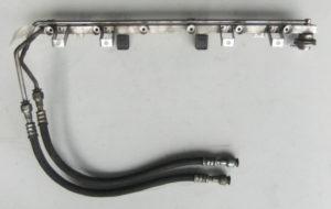 BMW E46 328i E39 528i Einspritzleiste 1427985